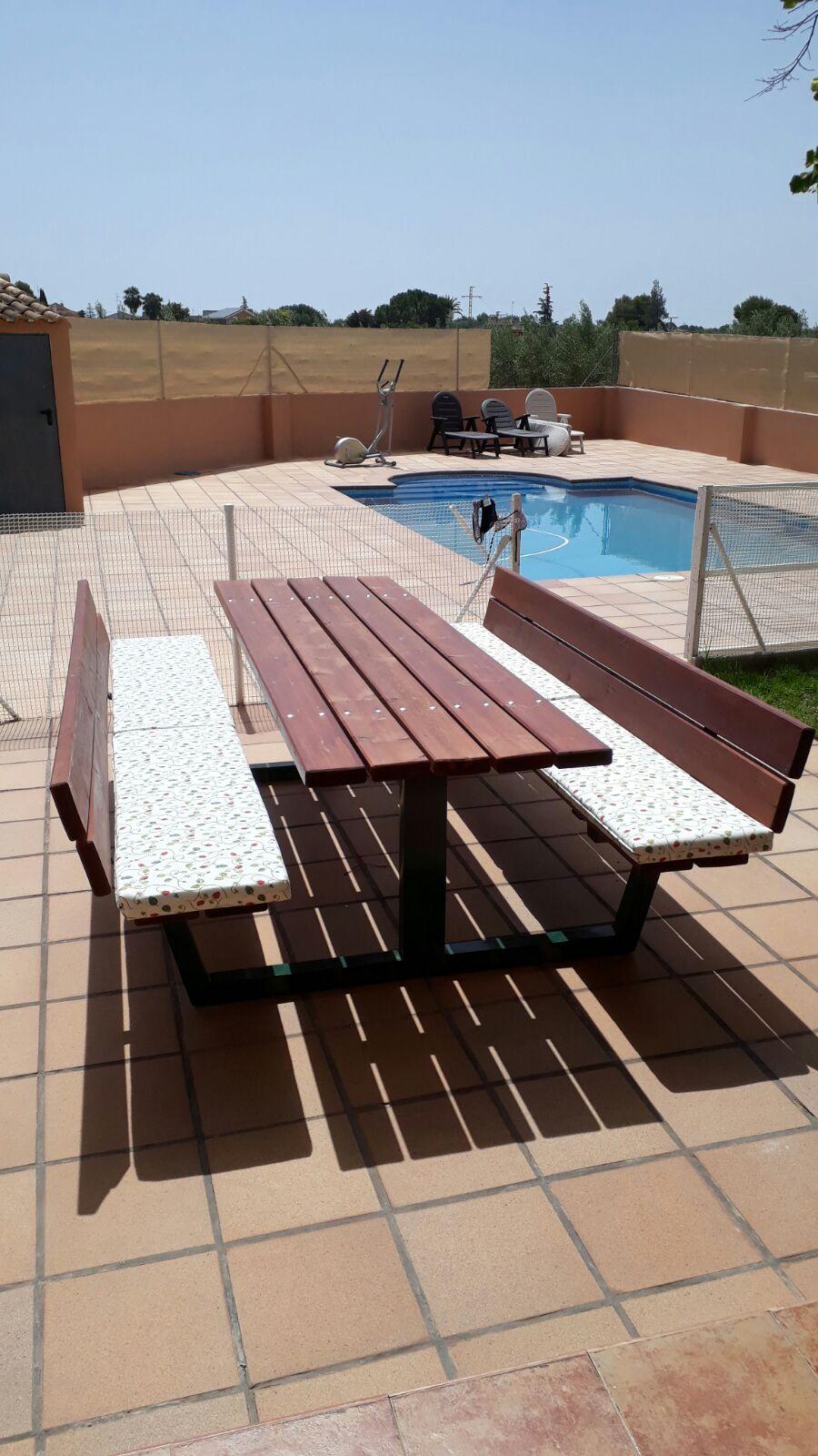 Mesa de Pícnic con respaldo Acero/Madera